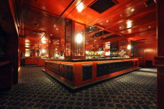 1-Contental Club -Bar