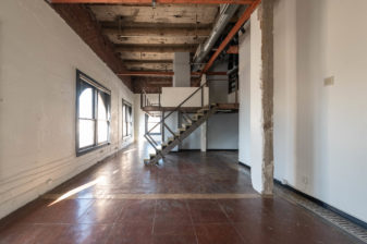 Cont. 1202 Empty Loft w. Mezz_6854