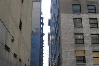 Harlem-Place-Alley 0