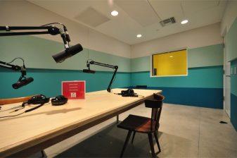 LAM 03 Podcast Studio
